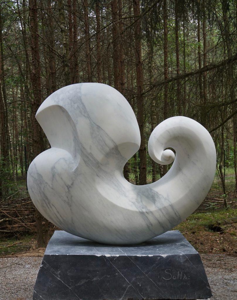 fine art, italian marble, Public Sculpture Germany, White Carrara Marble, outdoor sculpture, sculpture park, Skulpturenpark Wesenberg, Künstler Bei Wu